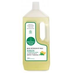 Detergente para suelos y superficies duras 1 l biocenter